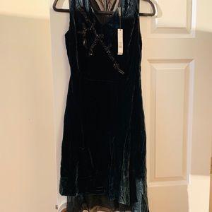 Ellie Tahari Hunter Green Velvet Dress